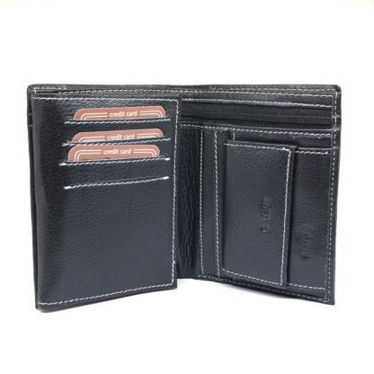 Czarny portfel z grawerowanym tekstem prezent dla niego
